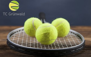 A set of tennis. Racket and ball. Studio shot