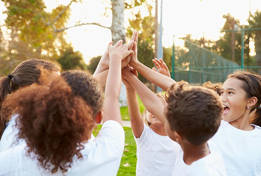 Tenniscamp Sommerferien für alle Kids von 6 – 18 Jahre