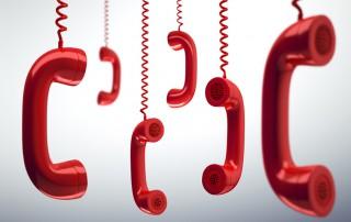 Rote hängende Telefonhörer - 2