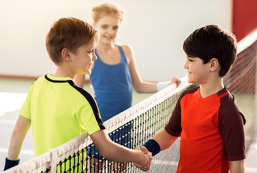 Corona Bundesnotbremse ElterSports Tennis Gruppenkurse Kinder erlaubt